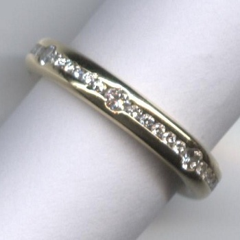 Unusual 37-Stone Diamond Full Eternity Ring