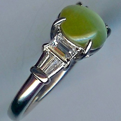 Charismatic Chrysoberyl & Diamond 7-stone Ring