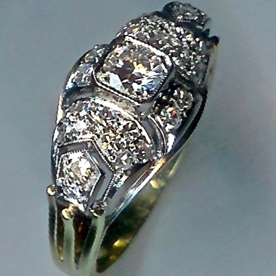 Magnificent Art Deco 1930's Diamond Cluster Ring