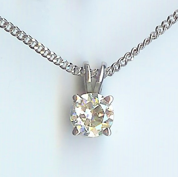 Timeless Solitaire Diamond Pendant & Chain
