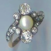Stunning Pearl & Diamond Cluster Ring