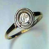 Stylish 1920s Solitaire Diamond Ring