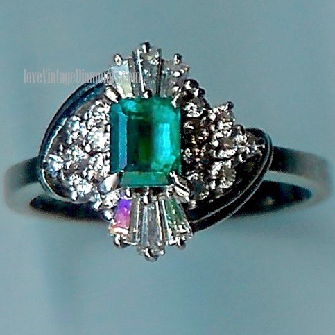 Delectable Emerald & Diamond Cluster Ring