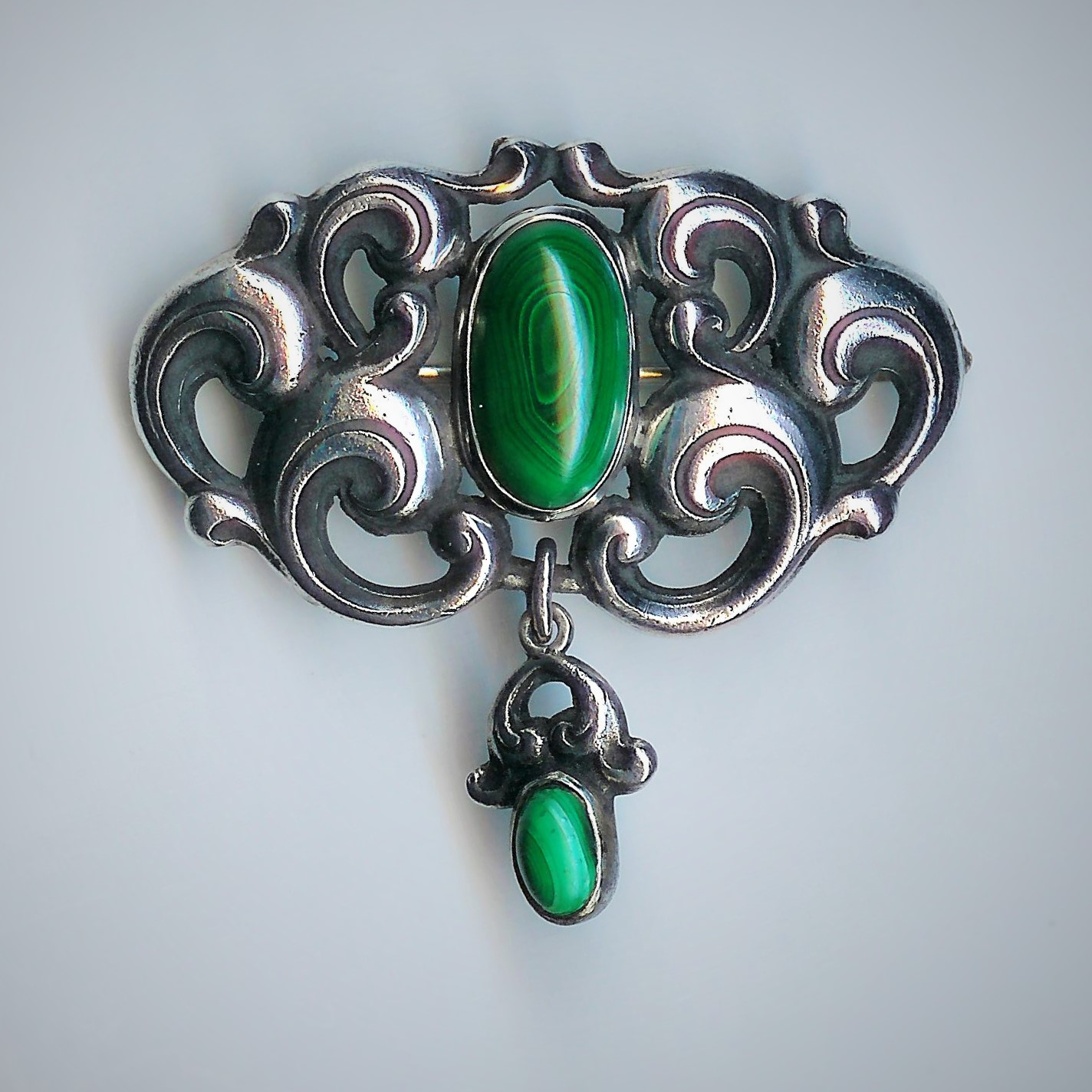 Old Silver & Green Malachite Brooch