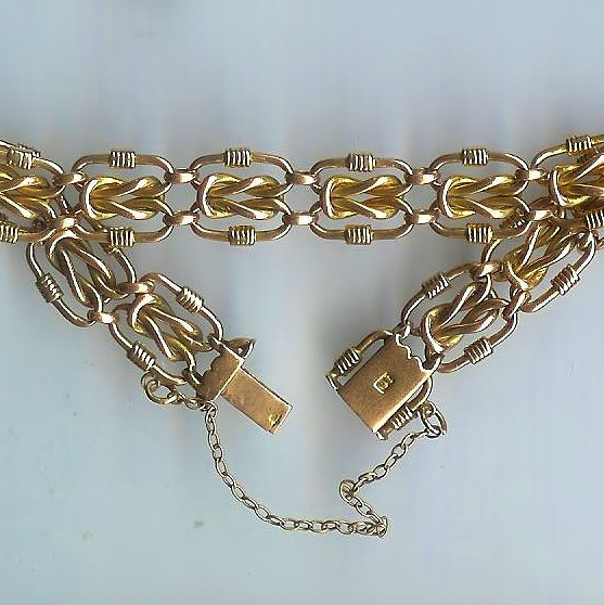 Attractive Old Fancy-Link Bracelet