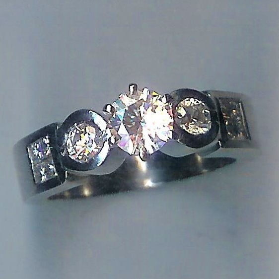 Wonderful Heavy 11 Stone Diamond Ring