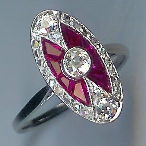 Thrilling Diamond & Ruby-colour Art Deco Cluster Ring