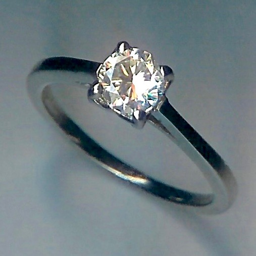Simple & Striking Diamond Solitaire Ring 0.70cts